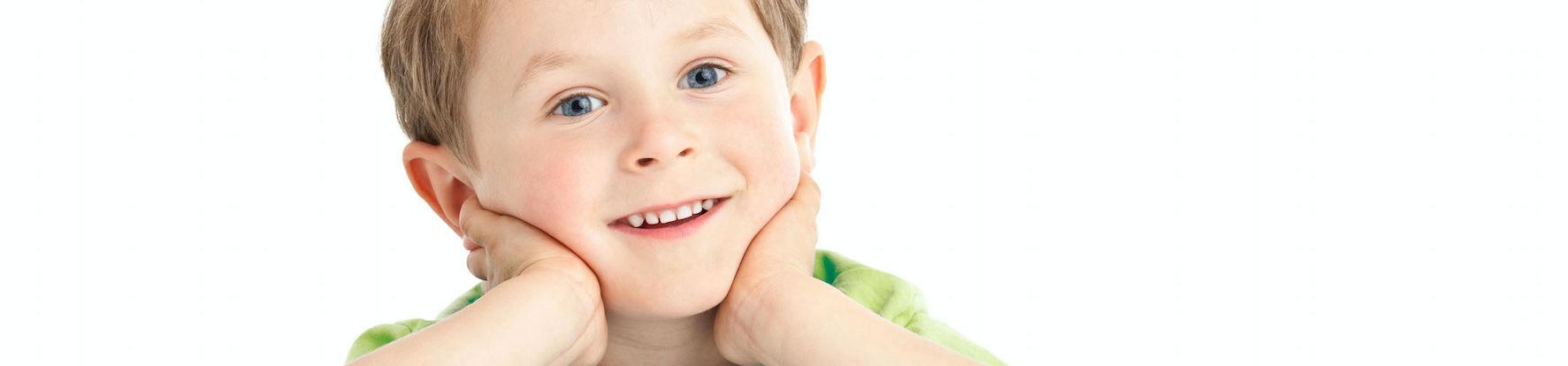Lächelnder Junge