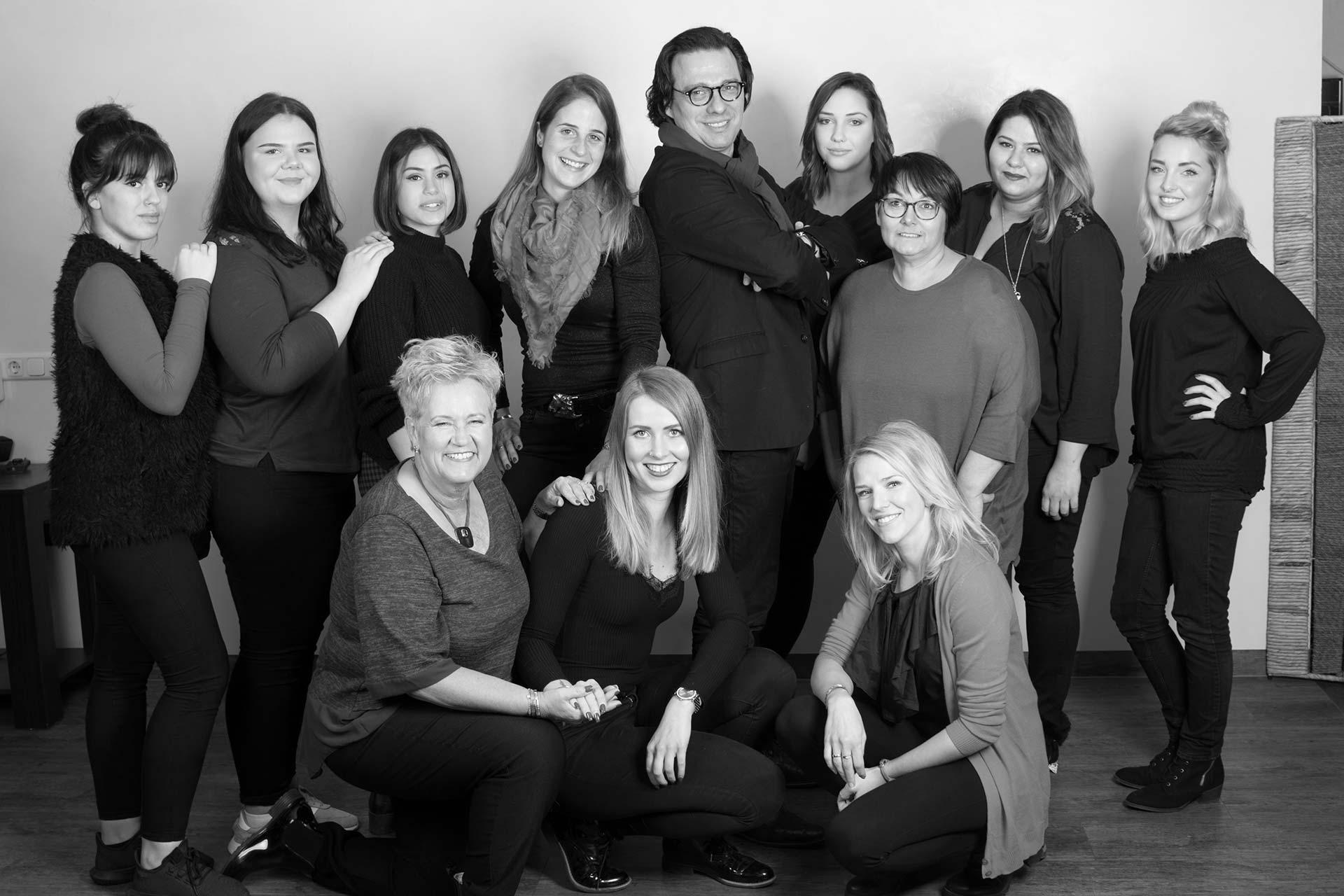 Teamfoto des Salon HaarSchnitt Hamburg