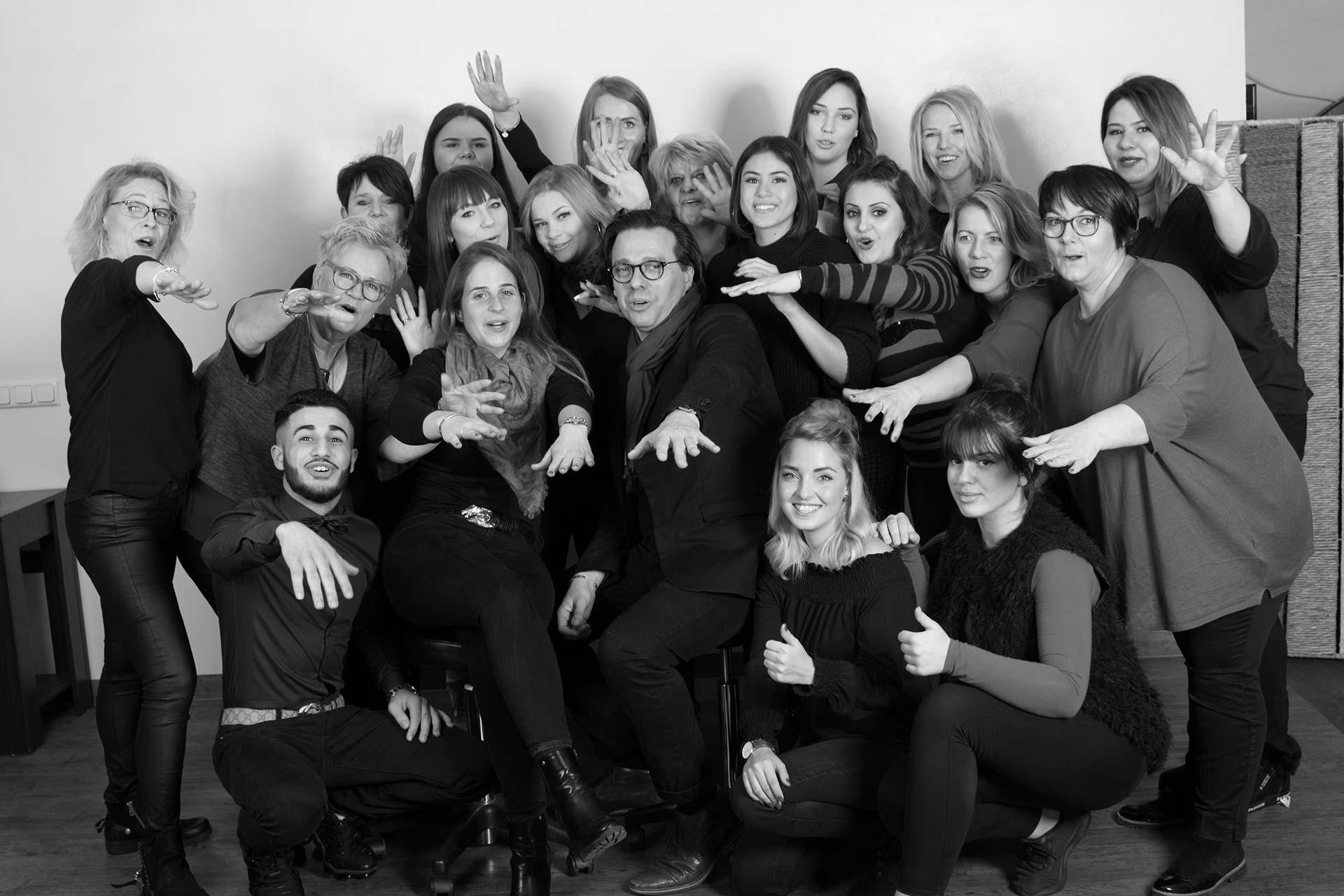 Salon HaarSchnitt Team Hamburg und Wedel